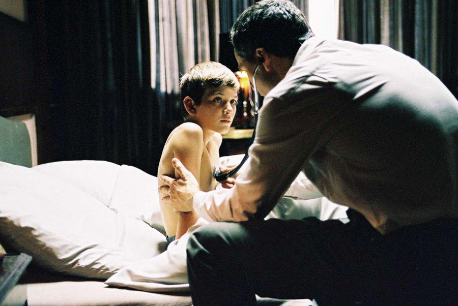 Menschenkörper . Kurzfilm nach Kafka von Tobias Frühmorgen